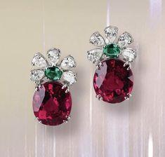 Emerald Jewelry, Diamond Jewelry, Gold Jewelry, Diamond Brooch, Diamond Earrings, Pakistani Jewelry, Diamond Tops, Indian Earrings, India Jewelry
