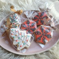 Organic holiday cookies by Sugarbuilt!