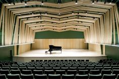 William M. Lowman Concert Hall / Sander Architects William M. Auditorium Architecture, Residential Architecture, Contemporary Architecture, Landscape Architecture, Auditorium Design, Architecture Design, Great Buildings And Structures, Steel Buildings, Modern Buildings