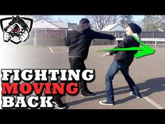 How to Punch While Moving Backwards - Boxing Footwork Techniques - YouTube