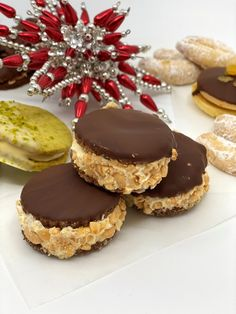 Rumovo-kávové dortíky - snadnevareni Mini Cheesecakes, Latte, Desserts, Food, Tailgate Desserts, Deserts, Essen, Postres, Meals