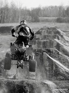Atv Accessories To Make That Next Flight Memorable Best Vacation Spots, Couples Vacation, Kids Atv, Atv Trailers, Atv Accessories, Quad Bike, Four Wheelers, Buggy, Dirtbikes
