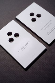 Business cards of Mar Hernandez CardFaves in Buisness Card