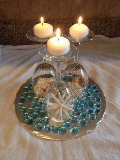 Wedding Favors and Gifts Decor Crafts, Fun Crafts, Diy And Crafts, Beach Theme Centerpieces, Wedding Decorations, Wedding Wine Glasses, Wine Glass Crafts, Seashell Crafts, Deco Table