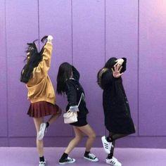 Imagem de girl, korean, and ulzzang Ulzzang Girl Fashion, Style Ulzzang, Mode Ulzzang, Korean Ulzzang, Ulzzang Korea, Best Friend Pictures, Bff Pictures, Friend Photos, Couple Girls