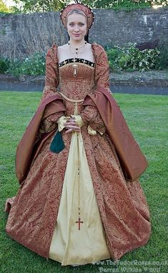 .I have chose to pin the picture becuause it give me a good insight of what Henrys wives wore. This dress is a common design from the tudor time and I will need to find a way of getting my hand on something similar for my final piece.