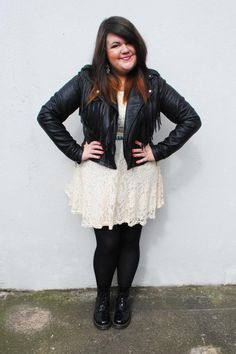 She wears Docs, she's won a place in my heart. --> MessyCarla: A Fashion Blog In A Size 16