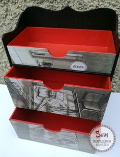 The Walking Dead themed MDF desktop drawers by Sam Lewis AKA The Crippled Crafter.  #thecrippledcrafter #thewalkingdead #mdf #mixedmedia #thatcraftplace #decoupage #modpodge