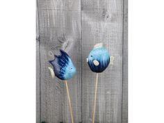 Dekorační keramické ryby na zápichu.  Velikost ryby 7x8cm  Sada 2ks