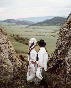 Wedding Bride, Wedding Dresses, Ethnic Outfits, Beautiful Couple, Bradley Mountain, Destination Wedding, Culture, Traditional, Couple Photos