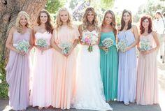 Foto da Noiva com as Damas de Honra