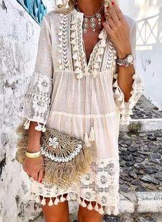 Tassel Hollow Out Mini Dresses Women Summer Autumn Sexy V-Neck Boho Dress 2019 Plus Size Bohemian Floral Printed Beach Vestidos - White XXXL Bohemian Summer, Bohemian Style, Boho Chic, Bohemian Dresses, Bohemian Jewelry, Boho Outfits, Hippie Style, Hippie Dresses, Tribal Jewelry