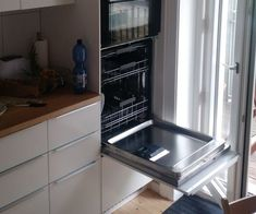 Wall Oven - Learn To Become Better Cook Using These Helpful Hints Ikea Kitchen, Kitchen Furniture, Kitchen Cabinets, Kitchen Appliances, Kitchen Ideas, Dishwasher Cabinet, Cooking Equipment, Kitchenette, Apartment Kitchen