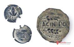 SPAIN / HISPANIA (Roman Spain) - Acinipo, Ronda, Málaga - La ciudad romana de Acinipo fue creada en el primer siglo antes de Cristo sobre un núcleo urbano ibérico y llegó a tener unos 2.000 habitantes en tiempos del alto Imperio. Buena muestra de la prosperidad que alcanzó son las monedas encontradas en las excavaciones arqueológicas. En estas monedas aparece junto al nombre de Acinipo, un racimo de uva y dos espigas de trigo.