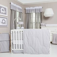 Gray and white is popular, fresh and neutral making it perfect for accenting any nursery! Trend Lab's Gray and White Circles 3 Piece Crib Bedding Set features o Baby Crib Bedding Sets, Baby Nursery Bedding, Crib Sets, Nursery Room Decor, Nursery Ideas, Bedroom Art, Room Ideas, Nursery Themes, Neutral Bedding
