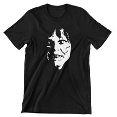 The Exorcist T Shirt Scary Movie Linda Blair / 70's cult classic / Halloween / Horror / Buy any two shirts get one free! by cottonpickincrazy on Etsy Linda Blair, The Exorcist, Cut Tees, Scary Movies, Mens Tees, Classic T Shirts, Long Sleeve Tees, Big Sizes