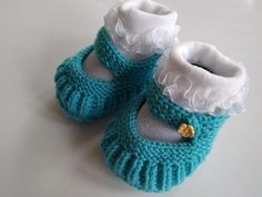 Niekedy stačí iba správny gombík Diy And Crafts, Baby Shoes, Knitting, Crochet, Kids, Blog, Accessories, Fashion, Crocheting