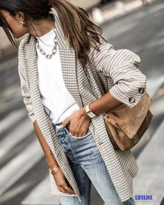 Street fashion street style autumn-winter photo-ideas of images – Casual Outfit – Casual Summer Outfits Winter Dress Outfits, Winter Fashion Outfits, Autumn Fashion, Casual Outfits, Dress Winter, Dress Fashion, Fashion Clothes, Urban Fashion, Trendy Fashion