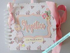 Heli Papeles ♥ Scrapbook Albums, Scrapbooking, Mini Books, Aurora, Ideas, World, Baby Mini Album, Craft Tutorials, Girl Room Decor