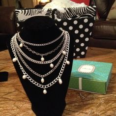 HP RARE Avery Necklace✨ RARE-no longer made...Will make ANY outfit in your wardrobe pop & sizzle. One of my favorite pretties!!!! Look at them pearls ✨✨Negotiable ~ Stella + Dot Jewelry Necklaces