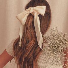 Hair Ribbons, Hair Ties, Grapevine Wreath, Grape Vines, Blush, Long Hair Styles, Beauty, Instagram, Ferris Wheel