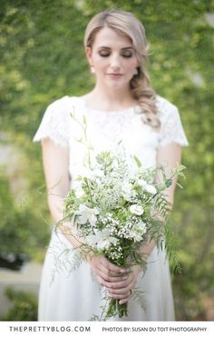 Overgrown White Bridal Bouquet | Photography by Susan du Toit Photography | Styled Shoot | Wedding Dress by White Lilly Bridal