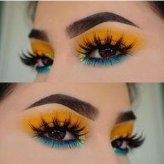 Yellow Makeup, Yellow Eyeshadow, Colorful Eye Makeup, Colorful Eyeshadow, Summer Eye Makeup, Silver Eyeshadow, Bright Eye Makeup, Summer Makeup Looks, Blue Eye Makeup