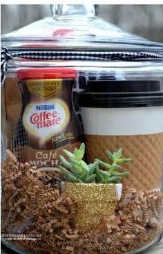 Gift Basket Ideas for Any & All Occasions ~ DIY Gift Basket Ideas Coffee Lovers … - Diy Gift For Girlfriend Ideen Coffee Gift Baskets, Holiday Gift Baskets, Diy Gift Baskets, Coffee Lover Gifts, Coffee Lovers, Holiday Gifts, Basket Gift, Diy Gifts For Dad, Diy Gifts For Friends