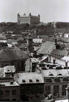 Stará Bratislava Bratislava, Old City, Paris Skyline, The Past, Travel, Times, Cities, Viajes, Old Town