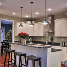 kitchen pendant lights over island bench