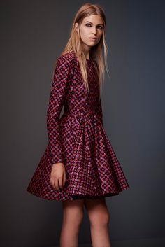 Victoria, Victoria Beckham Spring 2014 Ready-to-Wear Fashion Show