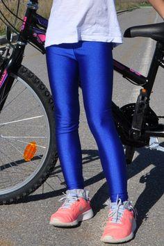 Παιδικό γυαλιστερό κολάν σε μπλε χρώμα - για κορίτσια εως 12 ετών 36b1325e864