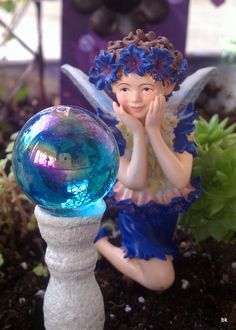 Garden Fairy with Gazing Ball