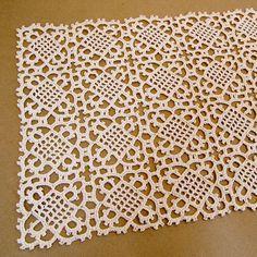 Venetian Square crochet lace (free pattern vintage 1915)