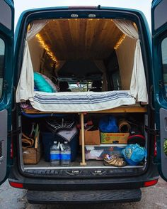 Camper Van Conversion for Beginner - The Urban Interior Sprinter Van Conversion, Camper Van Conversion Diy, Diy Camper, Camper Life, Rv Life, Do It Yourself Camper, Vanz, Van Home, Van Interior