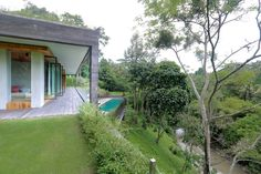 Photo 5 of 18 in An Incredible Vacation Villa in the Balinese Jungle That's Part Chameleon - Dwell