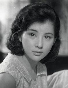 =n old portrait in of great . Japanese Beauty, Japanese Girl, Asian Beauty, Beautiful Person, Beautiful Asian Women, Foto Instagram, Classic Beauty, Vintage Beauty, Woman Face