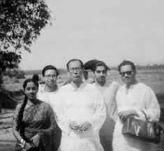 A rare picture of #RDBurman and #SDBurman with #GeetaDutt and #GuruDutt (Pic courtesy: The Magical Voice of Geeta Dutt group)