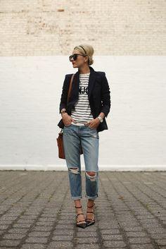 graphic tee with blazer and boyfriend jeans