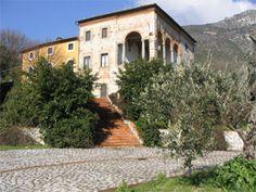 Wedding villa in Tuscany, Italy  #wedding #weddingplanner #weddingvenue #weddingvenueitaly #italywedding #italianwedding #weddinginitaly #destinationwedding
