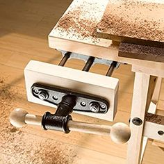 Woodworking Vice, Woodworking Bench Vise, Woodworking Software, Woodworking Store, Woodworking Books, Woodworking Projects, Workbench Plans, Woodworking Classes, Workbench Vise