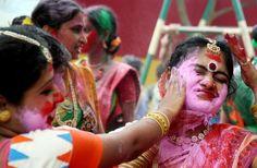 Ainda não fui, mas sei que já gosto.  Festival da Primavera, Bengal (Índia)