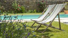 35° AU SOLEIL : OUI, C'EST DANS LE JARDIN... Il fait beau, il fait bon... La piscine est ouverte pour mes hôtes... Quand vous venez séjourner au Clos du Men-Allen pour vos vacances, quelques jours ou  un week-end détente, vous trouverez dans le jardin, à l'arrière de la maison d'hôtes : la piscine extérieure, chauffée de Juin à Septembre, les transats, les bains de soleil, pour vous accueillir après vos balades à la découverte de la région. http://leclosdumenallen.com