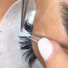 Eyelash extensions 🤤❤️ eyelashextensions eyelashes eyelashlift eyelashs is part of eye-makeup - eye-makeup Makeup Tips, Beauty Makeup, Makeup Art, Eyelash Extensions Salons, Eyelash Lift, Eyelash Salon, Eyelash Tinting, Models Makeup, No Foundation Makeup