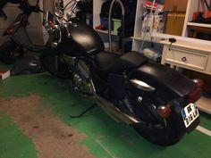 Honda magna noir mat