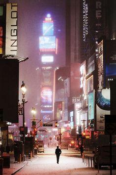 White New York: Christophe Jacrot dreamlike snowscapes of the Big Apple #art #christophejacrot #city #cityscape #france #landscape #landscapephotography #newyork #photography #snow #snowscape #travel #travelphotography #whitenewyork #winter