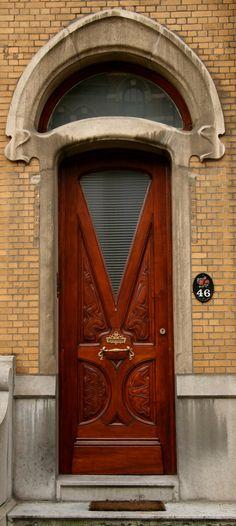 Europe - Belgium / Antwerp - Antwerpen - Anvers | Flickr This door reminds me of a smoking jacket. :)