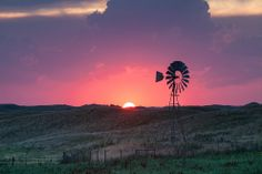 Sunset in Valentine, Nebraska | 17 Midwestern Landscapes That Are Totally Unreal--Makes me a little homesick!