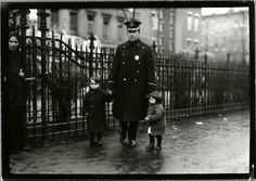 Lost and found, New York City. 1915. NYPL Digital Gallery.