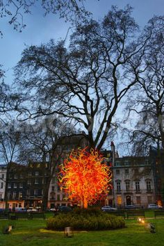 Dale Chihulys Sun comes out at night in Berkeley Square London
